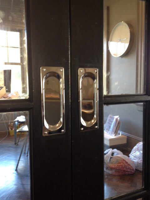Von Morris pocket doors
